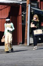 Laura Dern Look stylish while out picking up drinks with her daughter Jaya Harper for all the family in Brentwood