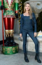Madison Reed Hams it up for the photogs on Rodeo Drive in Beverly Hills
