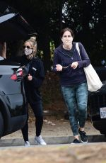 Sarah Michelle Gellar Hits the Farmers Market with a girlfriend in Los Angeles
