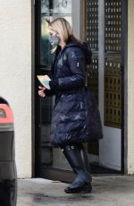 Sarah Michelle Gellar Seen leaving a post office in Brentwood