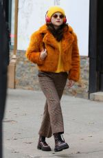 """Selena Gomez On the set of """"Murders In The Building"""