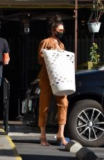 Shay Mitchell Looks classy as she stops to get some laundry done in Los Feliz