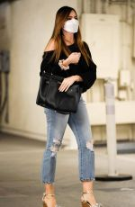 Sofia Vergara Heads out for a little retail therapy in Los Angeles