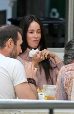 Abigail Spencer Going for a walk in a park before picking up food and meeting friends for a bite in Montecito