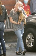 Ariel Winter Takes her new puppy to the vet in LA