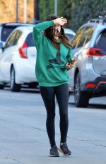 Aubrey Plaza Visits a friend after dropping her dog off at the Veterinary in Studio City