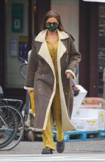 Irina Shayk Looks stylish taking a stroll with her daughter in New York City