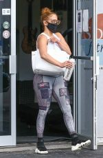 Jennifer Lopez Takes some time to exercise at the gym in Miami