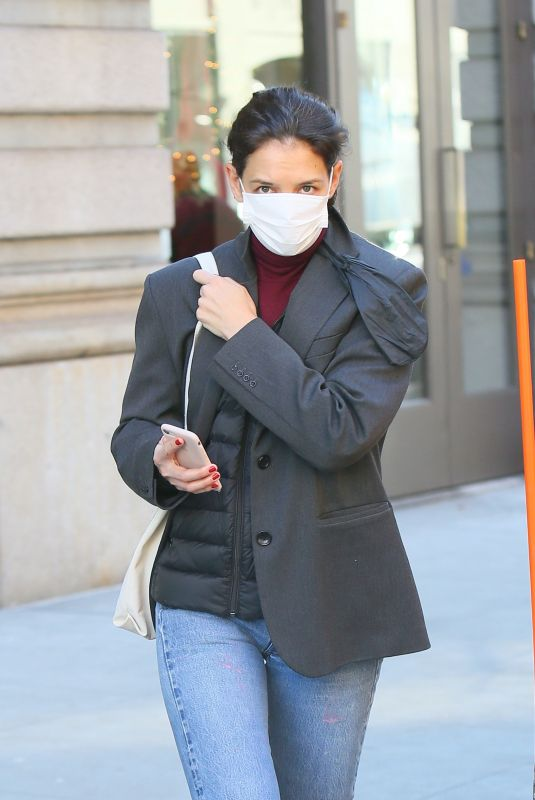 Katie Holmes Catches an Uber in Soho