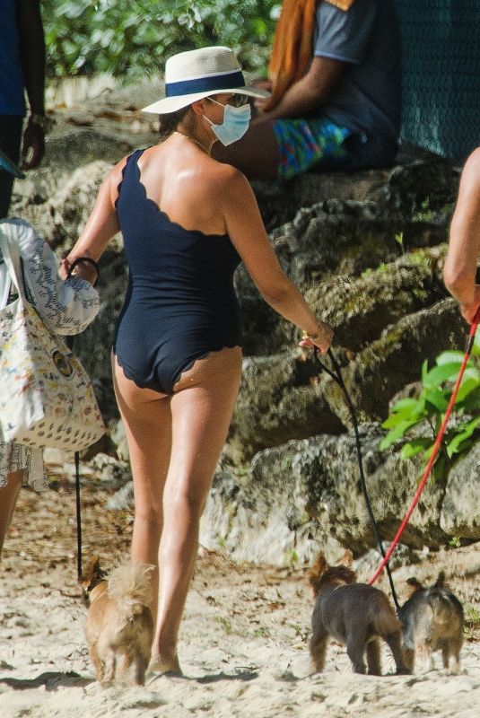 Lauren Silverman Seen with her husband on the beach in Barbados