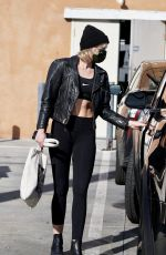 Miley Cyrus Spotted working out in West Hollywood