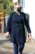 Rebel Wilson Arrives at a hair salon in West Hollywood