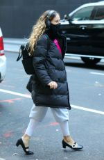 "Sarah Jessica Parker Pictured personally attending to her customers at the ""SJP By Sarah Jessica Parker"" store in Manhattan"