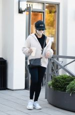 Sarah Michelle Gellar Starts off the new year with a trip to the gym in Brentwood