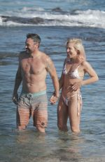 Sharna Burgess & Brian Austin Green Spend the first days of 2021 on a romantic beach getaway in Hawaii