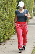 Addison Rae Arrives at a private Pilates workout session in Los Angeles