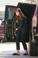Anne Hathaway Arrives for a meeting in LA