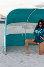 Claudia Romani Seen on the beach in Miami