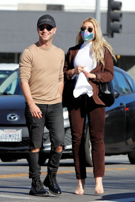 Emma Slater Out for lunch with a friend in Sherman Oaks