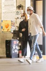 Emma Stone Leaves a medical building in Los Angeles