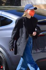 Hailey Baldwin/Bieber Spotted out & about in Santa Monica