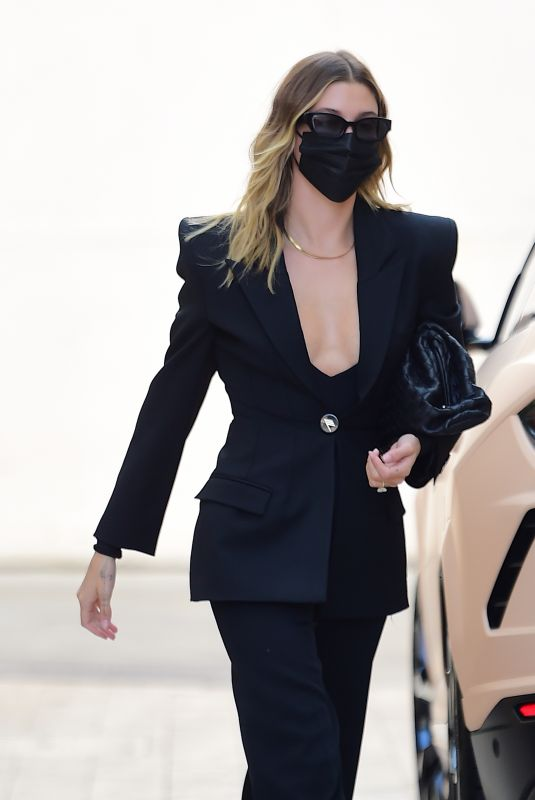 Hailey Bieber (Baldwin) Looked like she means business as she stepped out in Beverly Hills