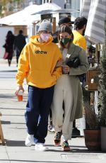 Hailey & Justin Bieber Out for breakfast in Beverly Hills