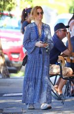 Isla Fisher Out for a coffee in Sydney