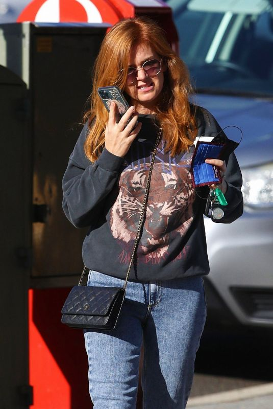 Isla Fisher Out on a coffee run in Sydney