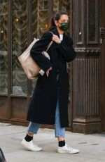 Katie Holmes Heads out to pick up art supplies at an art store and a mannequin before returning to her studio in New York