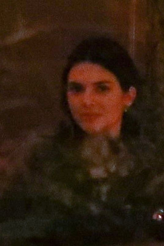 Kendall Jenner Cuts a casual figure while out enjoying dinner with two friends in Los Angeles