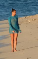 Khloé Kardashian Looks sexy during a beach photoshoot in Turks and Caicos