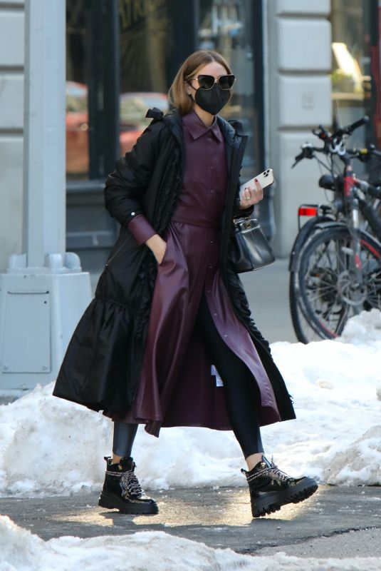 Olivia Palermo Out and about in Dumbo, Brooklyn