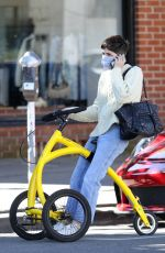 Selma Blair Spend quality time with her boyfriend Ron Carlson in Los Angeles