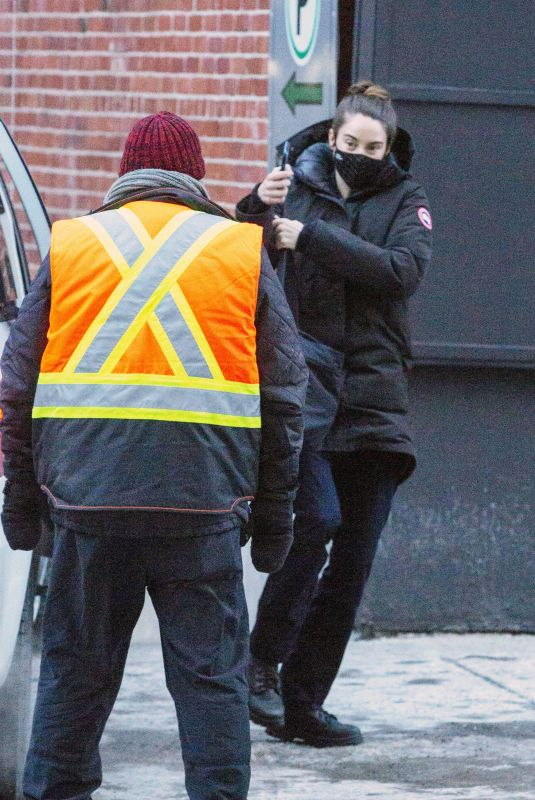 Shailene Woodley Spotted on the set of her new movie