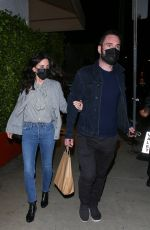 Courteney Cox Steps out to dinner in Santa Monica