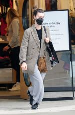 Daisy Edgar-Jones Heads on a shopping trip on her last weekend in Vancouver