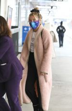 Florence Pugh At LAX in Los Angeles