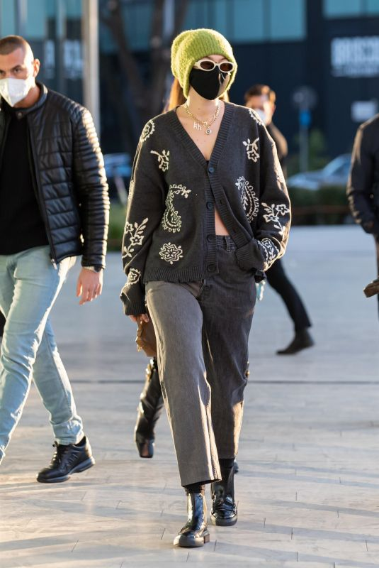 Gigi Hadid Seen leaving the Versace office with her sister ans Irina Shayk in Milan, Italy