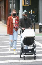 Gigi Hadid & Zayn Malik Head to the smile for lunch wih their daughter in New York