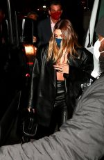 Hailey Baldwin/Bieber Steps out for dinner at Craig