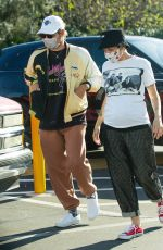 Halsey Seen shopping with her boyfriend Alev Aydin at Urban Outfitters in Studio City