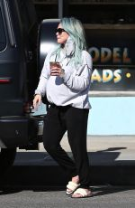 Hilary Duff Takes her daughter out for ice cream in Los Angeles