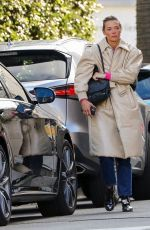Jaime King Visits a medical clinic after picking up food at San Vicente Bungalows in West Hollywood