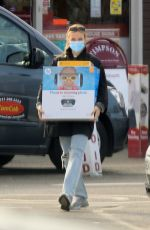 Jodie Comer Spotted leaving a local store in Liverpool