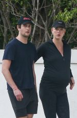 Karlie Kloss Spotted taking a stroll around her neighbordhood in Miami