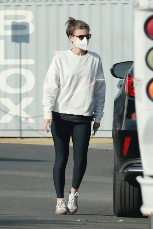 Kate Mara Goes for a sunset walk with her daughter and a friend in Los Angeles
