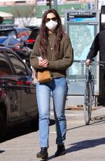 Katie Holmes Out shopping in Manhattan