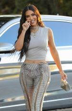 Kim Kardashian Arrives for a business meeting in Los Angeles