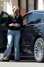 Laura Dern Out shopping in Los Angeles